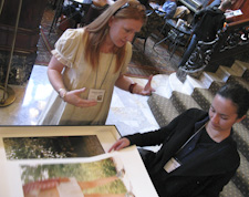 Viewing prints at Photolucida 2009
